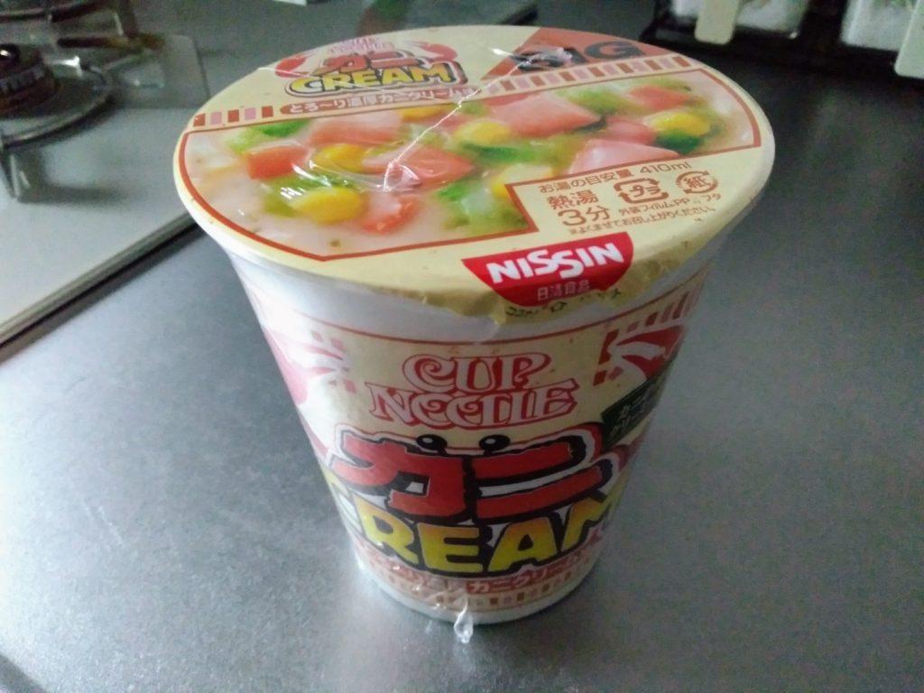 カップヌードル とろ~り濃厚カニクリーム味